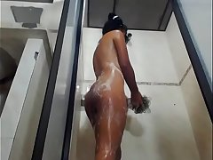 Latin slut conversing shower live show on cam