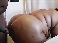 HORNY BLACK Plumper EBONY MOM Mummy GETS HER BIG ASS POUNDED HUGE THICK BBC CUMSHOT
