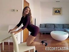 Escort Casting Helpful Dutch Cookie Turns Into Sex Machine Who Loves Doggy