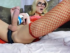 Beauty shemale big cock ejaculation - tscamdolls.com