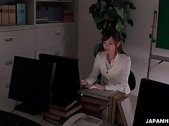 Office worker getting some juice up as her operate gets boring